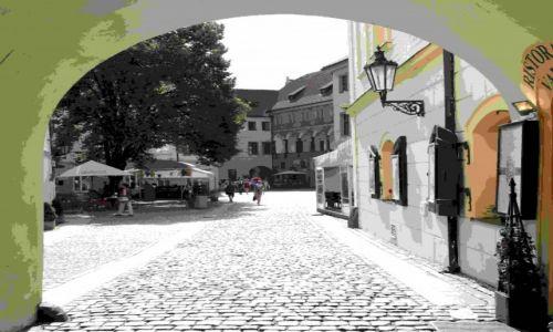 Zdjęcie CZECHY / Praga / Obok rynku / Uliczka