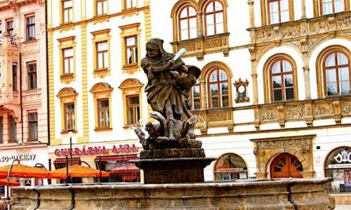 Zdjecie CZECHY / Morawy / Rynek w Ołomuńcu / Fontanna w Ołomuńcu