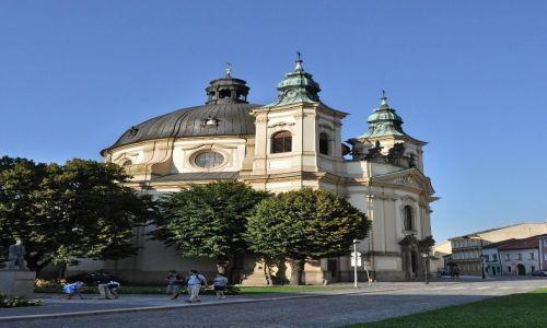 Zdjęcie CZECHY / Morawy / Kromeriż / Kromeriż, Kościół św. Jana Chrzciciela