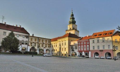 Zdjęcie CZECHY / Morawy / Kromeriż / Kromeriż, widoki rynku
