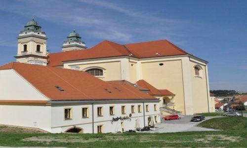 Zdjęcie CZECHY / Morawy / Valtice / Valtice, miasto, kościół