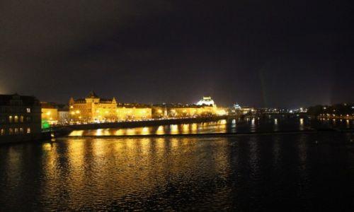 Zdjecie CZECHY / Praga / Most Karola / Praga nocą