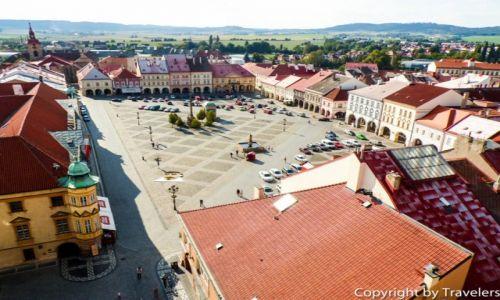 Zdjecie CZECHY / Kraj Hradecki / Jicin / Rzut okiem na rynek z wieży