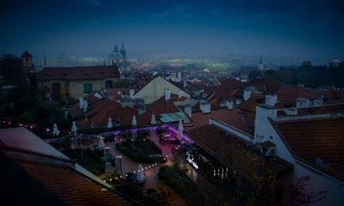 Zdjecie CZECHY / Praga / Prasky Hrad / Praga wieczorow