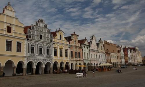 Zdjecie CZECHY / Południowe Czechy / Telcz / Najdłuższy rynek Europy