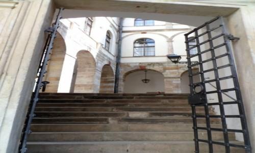 Zdjęcie CZECHY / Nachod / Zamek Nachod / Wejście na drugi dziedziniec