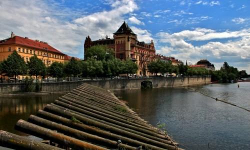 Zdjęcie CZECHY / Praga / Praga / Na Wełtawie