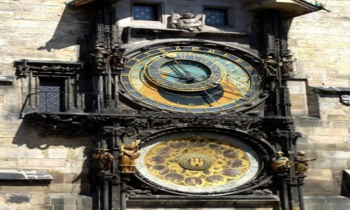 Zdjęcie CZECHY / Kraj środkowo czeski / Praga / Zegar na budynku Ratusza Staromiejskiego