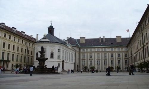 Zdjęcie CZECHY / Kraj Środkowo Czeski / Praga / Plac na Hradczanach