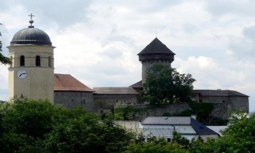 Zdjęcie CZECHY / Morawy Północne / Sovinec / Zamek i wieża kościelna