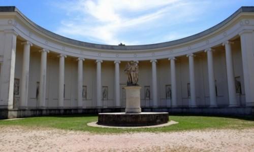Zdjecie CZECHY / Jihomoravský kraj / Lednice / Trzy Gracje w parku