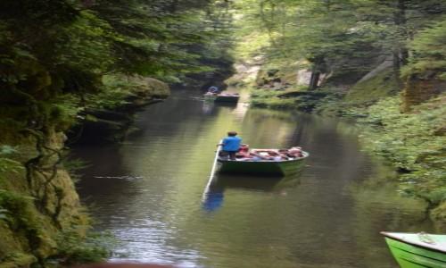 Zdjecie CZECHY / - / Czeska Szwajcaria / Spływ kanionem rzeki Kamenice