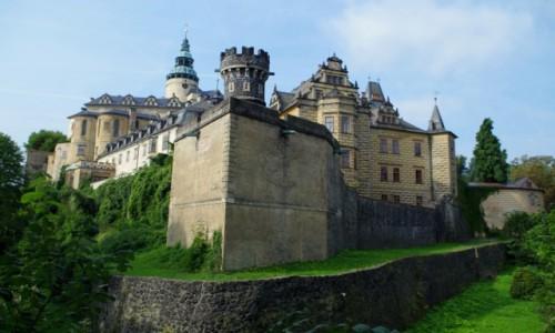 Zdjecie CZECHY /  liberecki  / Frydlant / - zamek  Frydlant -