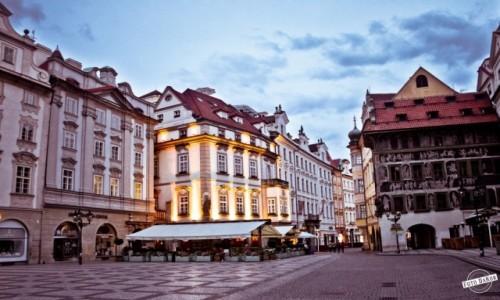 Zdjęcie CZECHY / - / Praga / Rynek Staromiejski w Pradze
