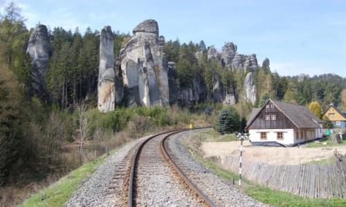 Zdjęcie CZECHY / Czechy / Adrspach / skalne miasto Czechy