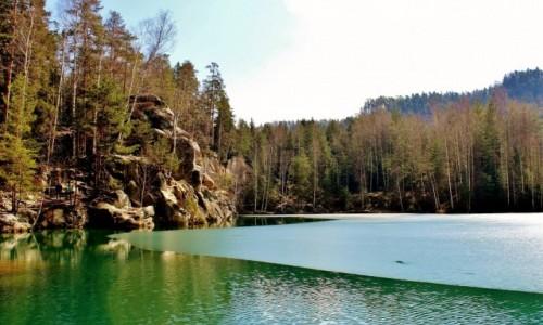 Zdjęcie CZECHY / Kraj Hradecki / Adrspach / Skalne miasto-jezioro szmaragdowe