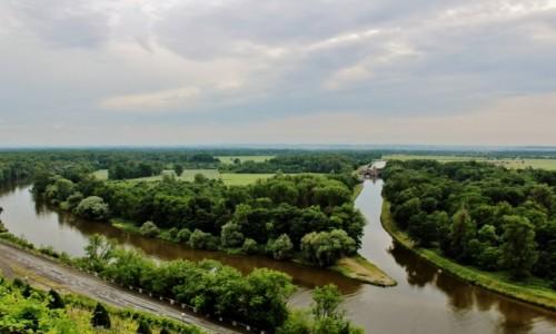 Zdjęcie CZECHY / Kraj środkowoczeski / Mielnik / Gdzie Wełtawa spotyka się z Łabą