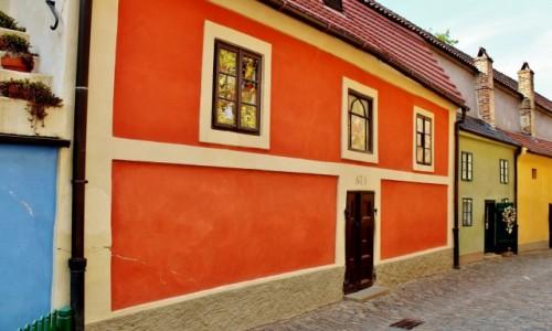 Zdjęcie CZECHY / Kraj środkowoczeski / Praga / Złota uliczka