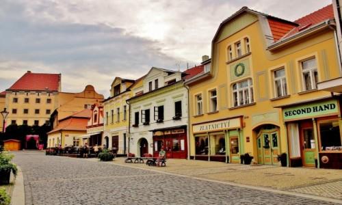 Zdjęcie CZECHY / Kraj środkowoczeski / Mielnik / Uliczka w Mielniku