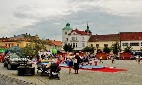 Zdjecie CZECHY / Kraj środkowoczeski / Mielnik / Rynek w Mielniku