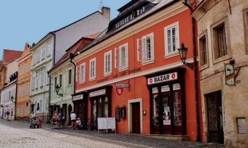 Zdjecie CZECHY / Kraj środkowoczeski / Kolin / Uliczka w Kolinie