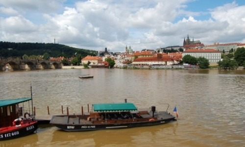 CZECHY / Czechy / Praha / Nad Wełtawą