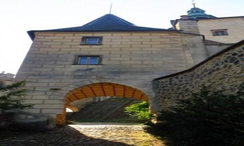 Zdjęcie CZECHY / Czechy Północne / Frydlant / zamek - brama główna