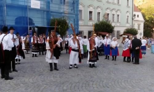 Zdjecie CZECHY / Morawy Południowe / Mikulov / Koncert w rynku w Mikulovie