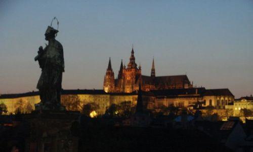 Zdjecie CZECHY / brak / Praha / Z mostu Karola