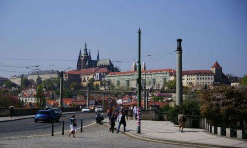 Zdjecie CZECHY / Praga / Czechy / z widokiem na Hradczany
