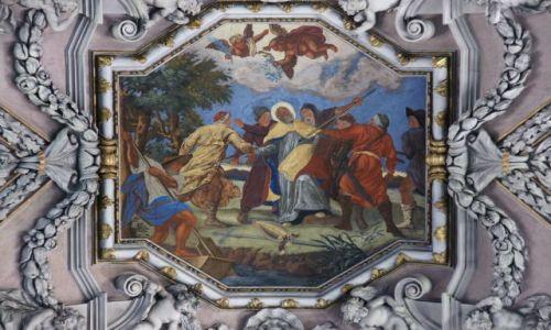 Zdjęcie CZECHY / Skalne Miasta / Broumov / Sklepienie klasztoru w Brumowie, detal III