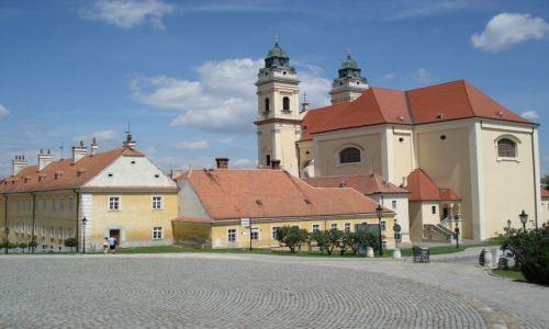 Zdjęcie CZECHY / Morawy / Valtice / Kościół w Valticach