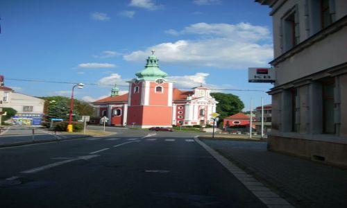 Zdjecie CZECHY / Nad Łabą / Cerwony kostelec / Czerwony kościół