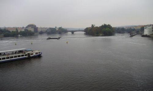 Zdjecie CZECHY / k.środkowoczeski / Praga /  z mostu Karola