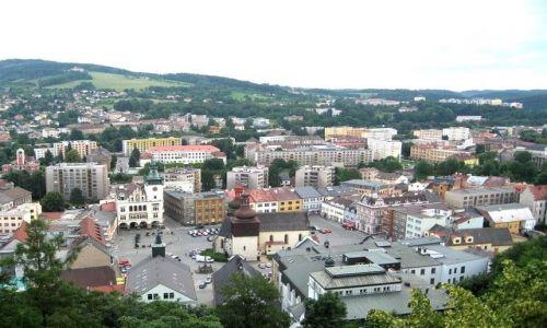 Zdjecie CZECHY / Hradecki Kraj / Nachod / Nachod - widok z zamku