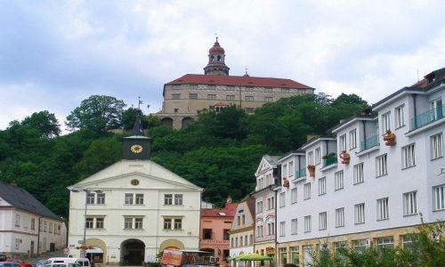 Zdjęcie CZECHY / Kralowo-Hradecki Kraj / Nachod / zamkowe wzgórze