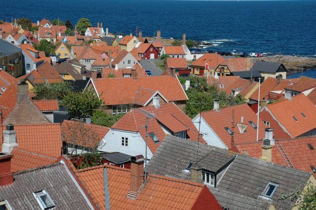Zdjęcia: Gudhjem, Bornholm, dachy, DANIA