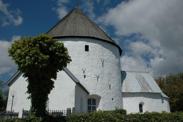 Zdjęcia: Nylars, Bornholm, kościół rotundowy, DANIA