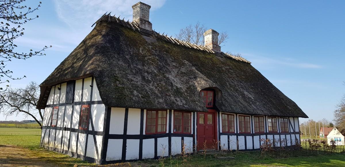 Zdjęcia: Okolice Kvaendrup, Południowa Dania, Czym chata bogata, DANIA