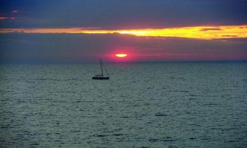 DANIA / Wyspa Bornholm / Gdzieś na Bałtyku / Bałtycki zachód słońca