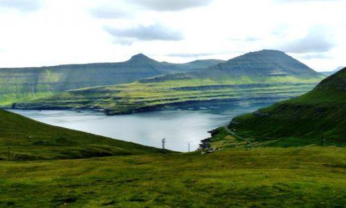 Zdjęcie DANIA / Wyspy owcze / Streymoy / Górskie ostrze