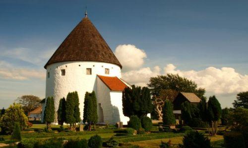 Zdjecie DANIA / wyspa Bornholm / wieś Olsker. / Ols kirke.