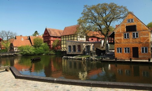 Zdjecie DANIA / Aarhus / Stare Miasto / Nad wodą