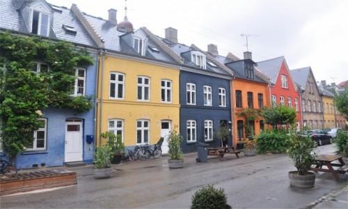 Zdjecie DANIA / Zelandia / Kopenhaga / Uliczka z dala od centrum miasta