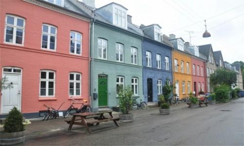 Zdjecie DANIA / Zelandia / Kopenhaga / Ulica Olufsvej w Kopenhadze