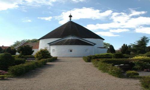 Zdjęcie DANIA / Bornholm / Olsker / kościół rotundowy
