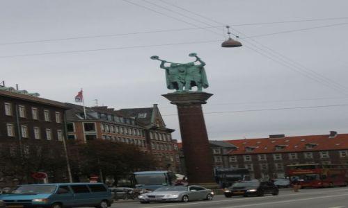 Zdjecie DANIA / Kopenhaga / plac przy deptaku / oczekiwanie
