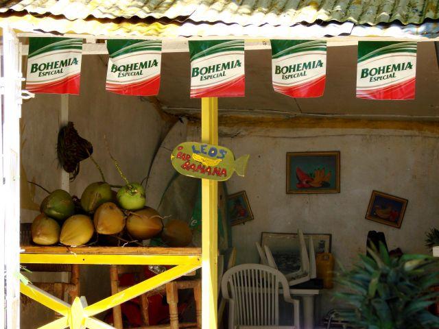 Zdj�cia: Sossua, sklep z kokosami, DOMINIKANA