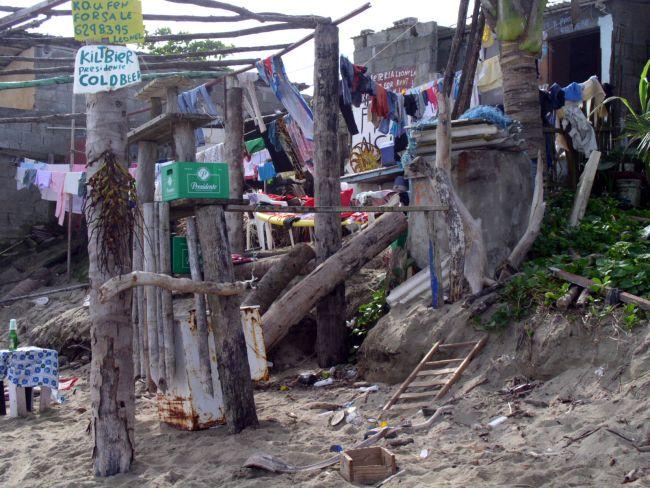 Zdjęcia: gdzieś na Dominikanie, dom na plaży, DOMINIKANA
