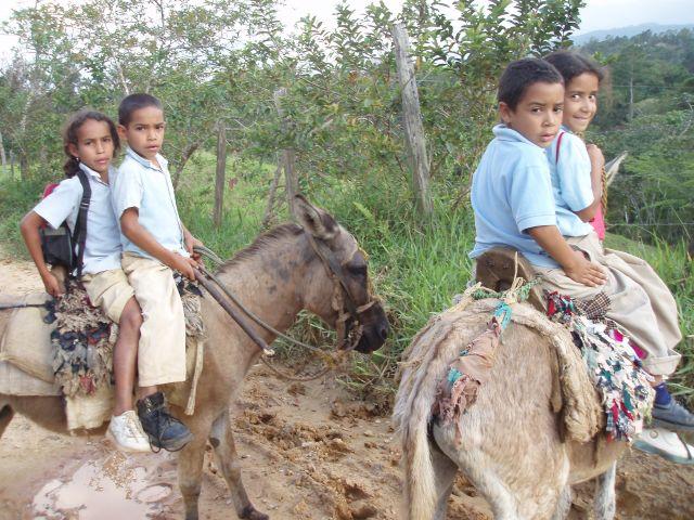 Zdjęcia: mania, cordiliera central, dominikanskie dzieci, DOMINIKANA